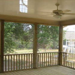 Screen porch with ceiling fans